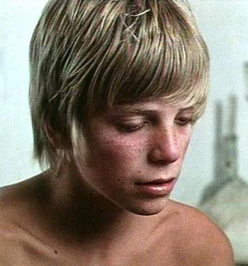 Simon Fisher Turner - Visit the IMDb film archive - 12423_Simon_FisherTurner_01